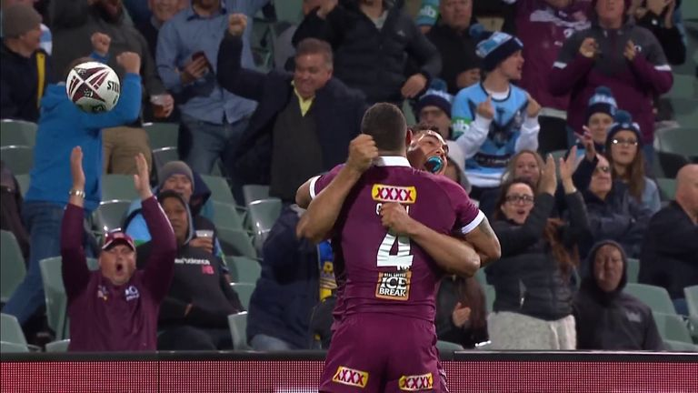 Xavier Coates scores his first State of Origin try as he puts Queensland ahead against New South Wales