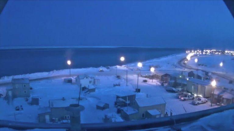Timelapse Shows Last Sunset Before 'Polar Night' Brings 66 Days of Darkness to Utqiagvik, Alaska