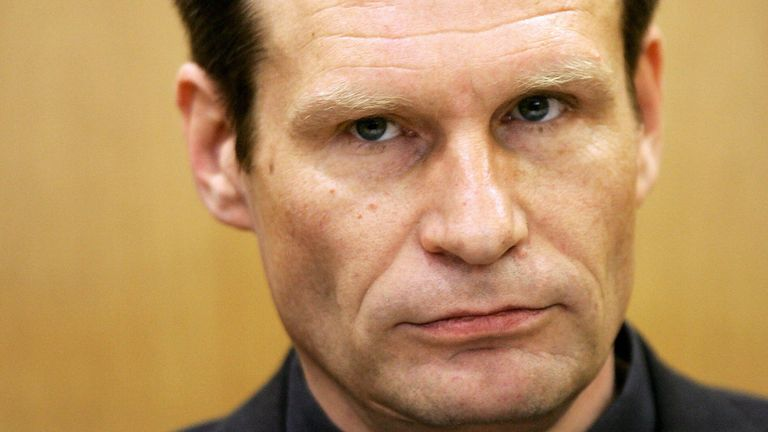 Germany's self-confessed cannibal Armin Meiwes waits for the beginning of the second day of his retrial for murder, 16 January 2006 at court in Frankfurt