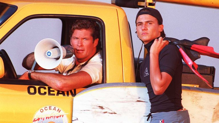 Jeremy Jackson and David Hasselhoff in Baywatch