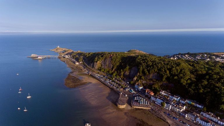 The seller asking price in Mumbles costs on average less than a third of Britain's priciest beach location in Sandbacks