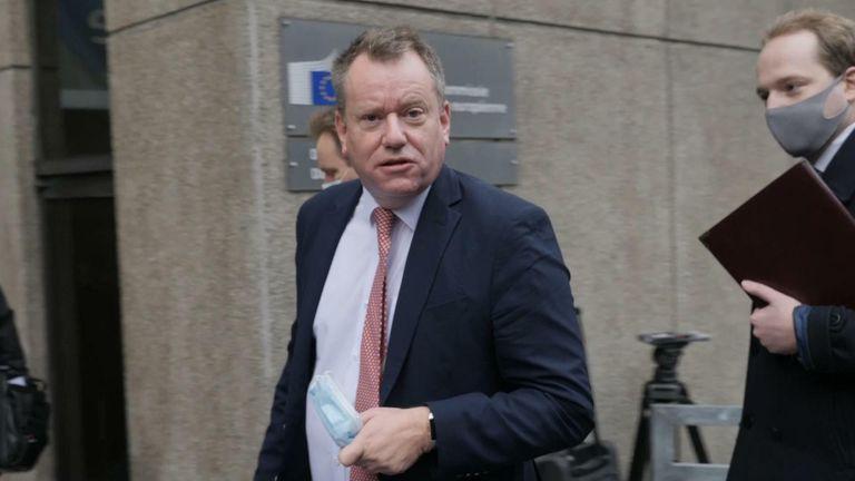 خروج بريطانيا من الاتحاد الأوروبي: محامو الاتحاد الأوروبي ينظرون في خطط للإسراع في صفقة تجارية - لكن التشاؤم يتزايد |  اخبار العالم