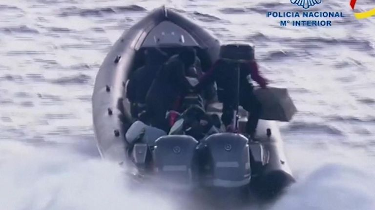 Spain seizes 2 tonnes of hashish after high speed sea chase