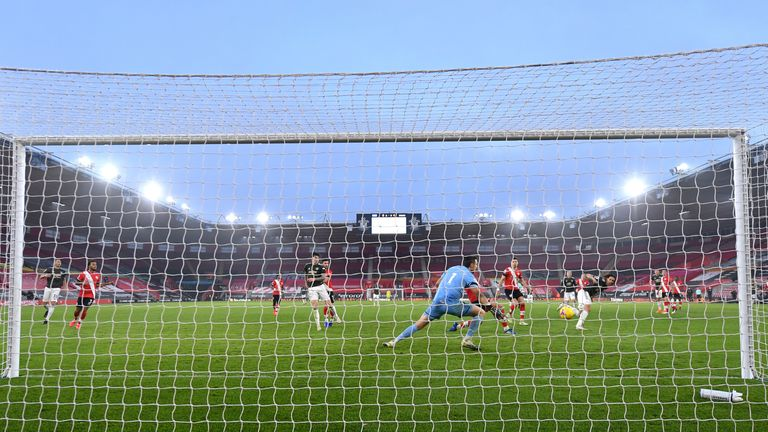 Manchester United's Edinson Cavani scores his side's third goal of the game against Southampton at St Mary's Stadium