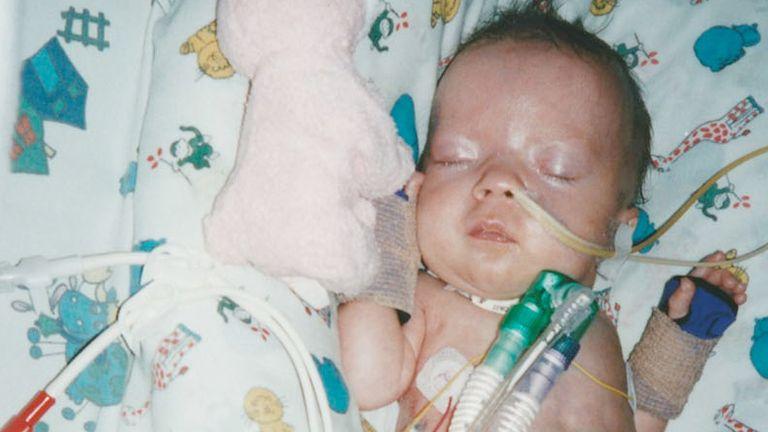 Elizabeth Dixon died in December 2001, 10 days before her first birthday