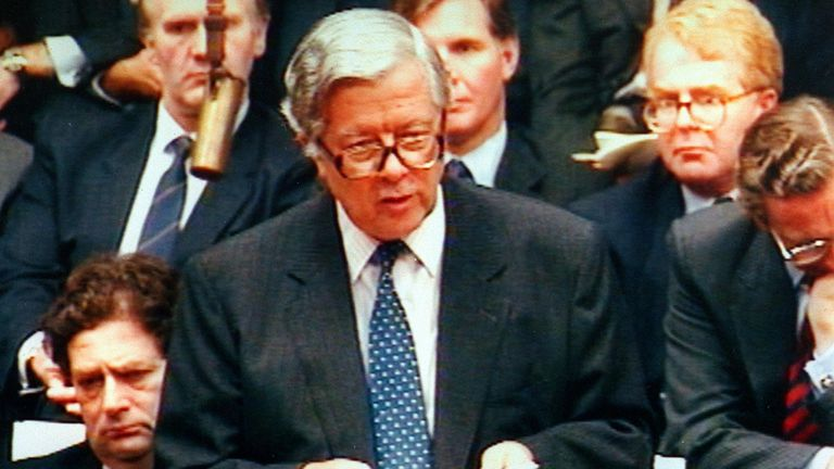PA Photo 13/11/1990 Sir Geoffrey Howe speaking at the House of Commons in London