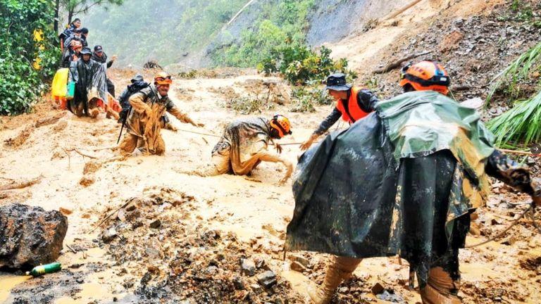 Army battles mud