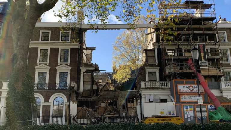 Homes collapse in Chelsea