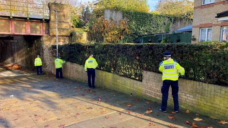Police in London carried out 2,900 weapons sweeps