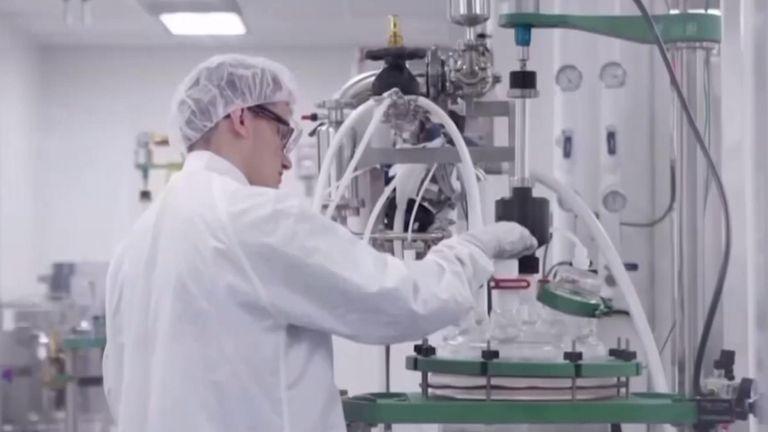 Moderna lab