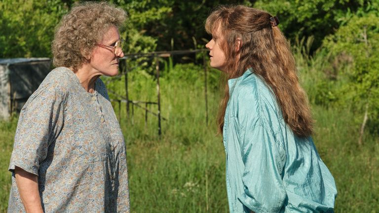 Amy Adam and Glen Close in Hillbilly Elegy. Pic Netflix