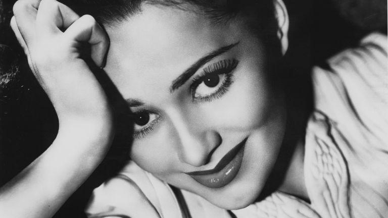 British-American actress Olivia de Havilland, 1938. (Photo by Keystone/Hulton Archive/Getty Images)