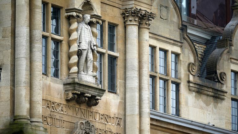 Cecil Rhodes statue at Oriel College