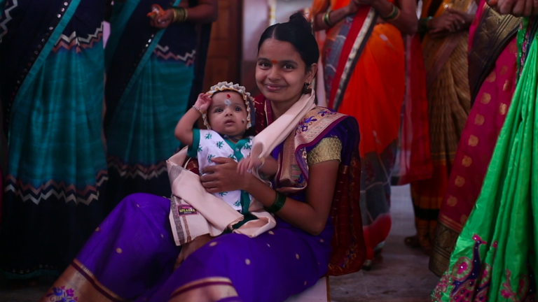Rupali Pawar with her baby daughter