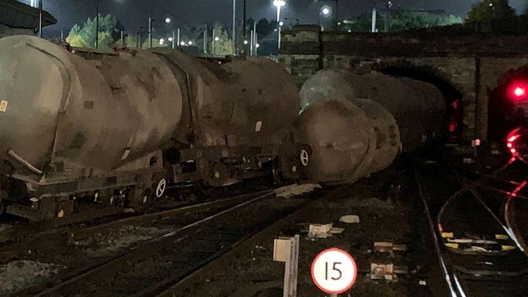 Derailed train in Sheffield. Pic: @ahmadelmx