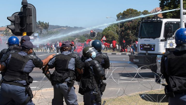 Water cannon was deployed by police in Cape Town