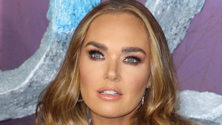 "Tamara Ecclestone attends the ""Frozen 2"" European premiere at BFI Southbank in London. (Photo by Keith Mayhew / SOPA Images/Sipa USA)"