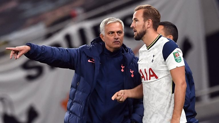 Jamie Carragher believes that Harry Kane is the most streetwise player in the Premier League and has praised the way he leads the line for Tottenham.