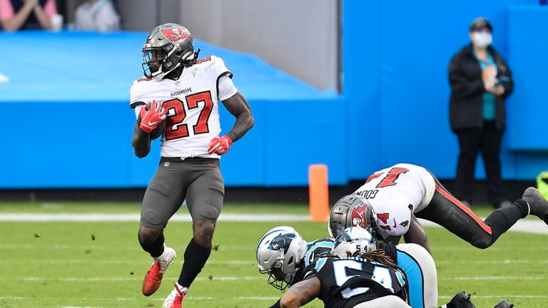 Ronald Jones takes the pigskin for a massive 98 yards to the endzone on one carry, with the Buccaneers backed up down at their two-yard line after a Panthers punt.