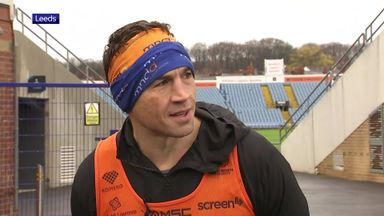 Sinfield completes six marathons, one to go