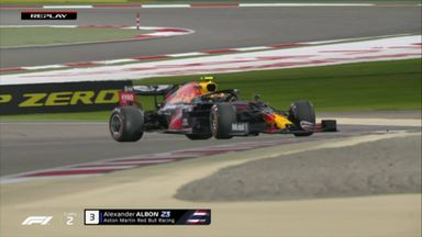 Albon spins out at turn 2