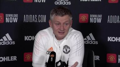 Ole tells Man Utd to 'hang in there'