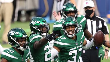 Jets stun Rams for first win