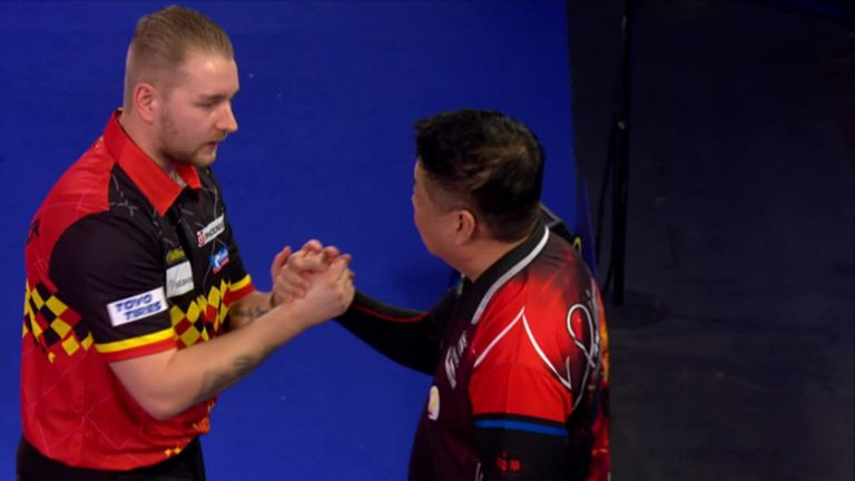 PDC World Darts Championship: Dimitri Van den Bergh is a major champion and a major contender for the Sid Waddell Trophy    Darts News
