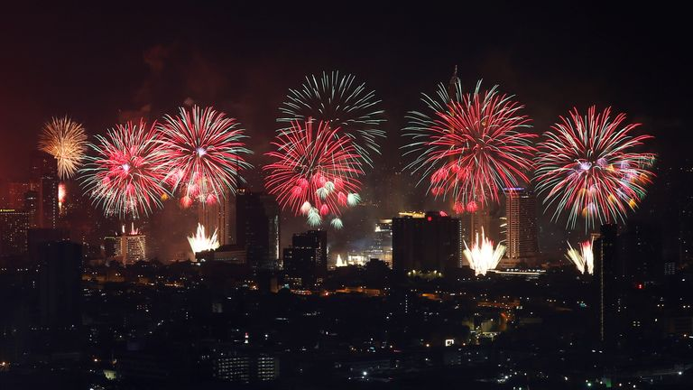 New Year's Eve celebrations in Bangkok Fireworks explode on New Year's Eve during the coronavirus disease (COVID-19) outbreak, in Bangkok, Thailand January 1, 2021. REUTERS/Soe Zeya Tun