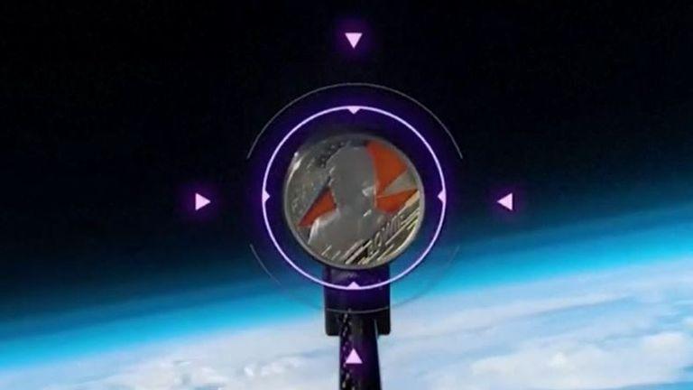 La moneda conmemorativa Bowie se lanza a la órbita