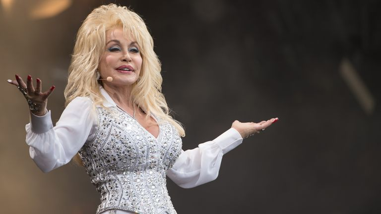 Dolly Parton at Glastonbury in 2014
