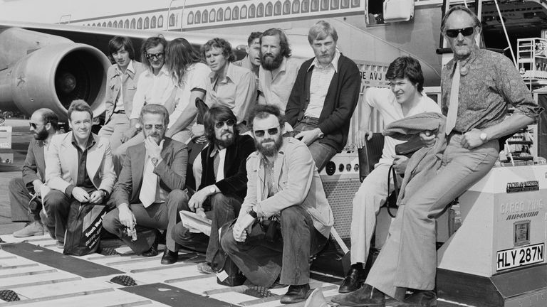 The 1975 British Mount Everest Southwest Face expedition, including Nick Estcourt, Chris Bonington, Dougal Haston, Hamish MacInnes, Doug Scott, Peter Boardman, at an airport, UK, 29th July 1975. (Photo by Evening Standard/Hulton Archive/Getty Images)