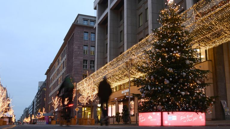 Christmas shopping has been blamed for a rise in social contacts, and therefore COVID cases, in Germany