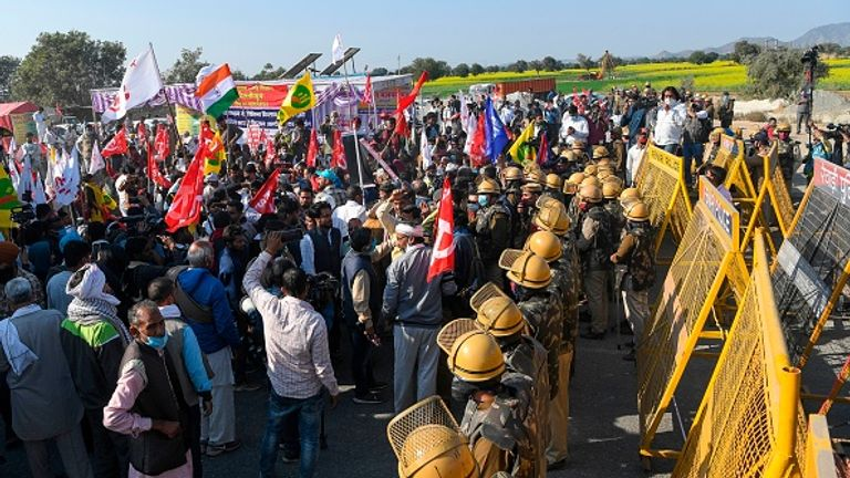 Police stopped farmers and union leaders on the Haryana-Rajasthan border on Sunday as they headed to Delhi