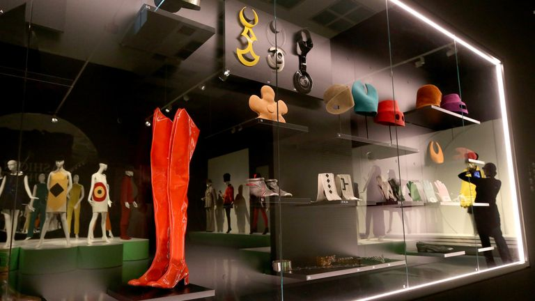 "Duesseldorf, Germany. 18th Sep, 2019. Pierre Cardin's accessories are on display in a showcase at the exhibition ""Pierre Cardin. Fashion Futurist"". From 19.09.2019 to 05.02.2020 more than 80 pieces of clothing and accessories as well as photos and film material will be shown in the Kunstpalast. The focus is on the 1960s and 1970s with their avant-garde designs for women and men. Credit: Roland Weihrauch/dpa/Alamy Live News - Image ID: WXW9EC (RM)"