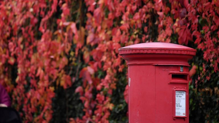 Royal Mail had the most satisfied customers for where deliveries were left
