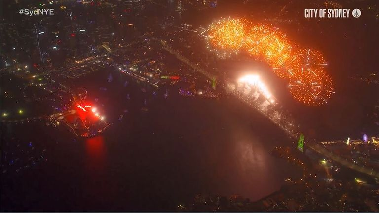 Sydney marks 2021 with a fireworks display