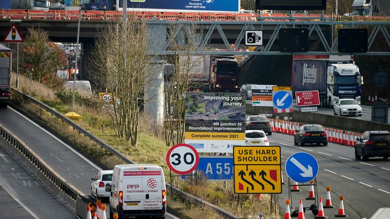Nearly 800 roadworks will be halted over the Christmas period