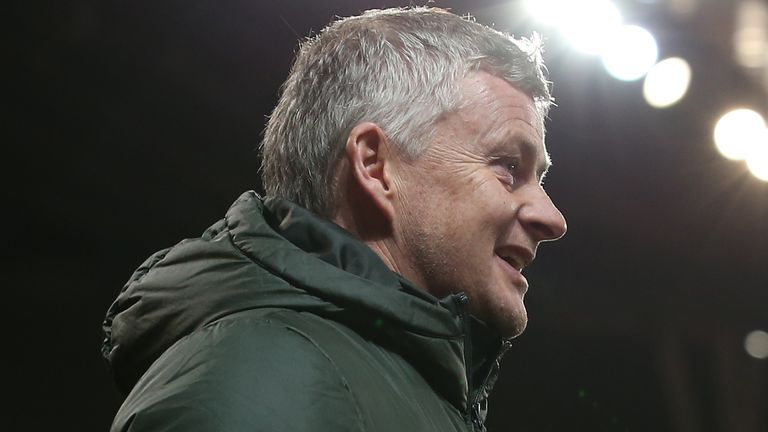 Ole Gunnar Solskjaer says Manchester United are desperate to win trophies this season ahead of Wednesday's Carabao Cup quarter-final against Everton.