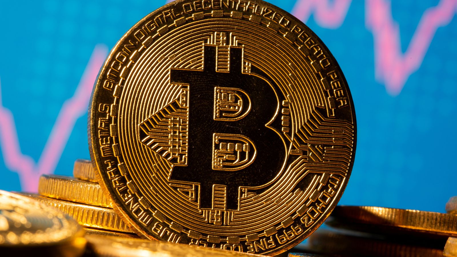 Bitcoin extends rally to top $30,000 for first time | Business News