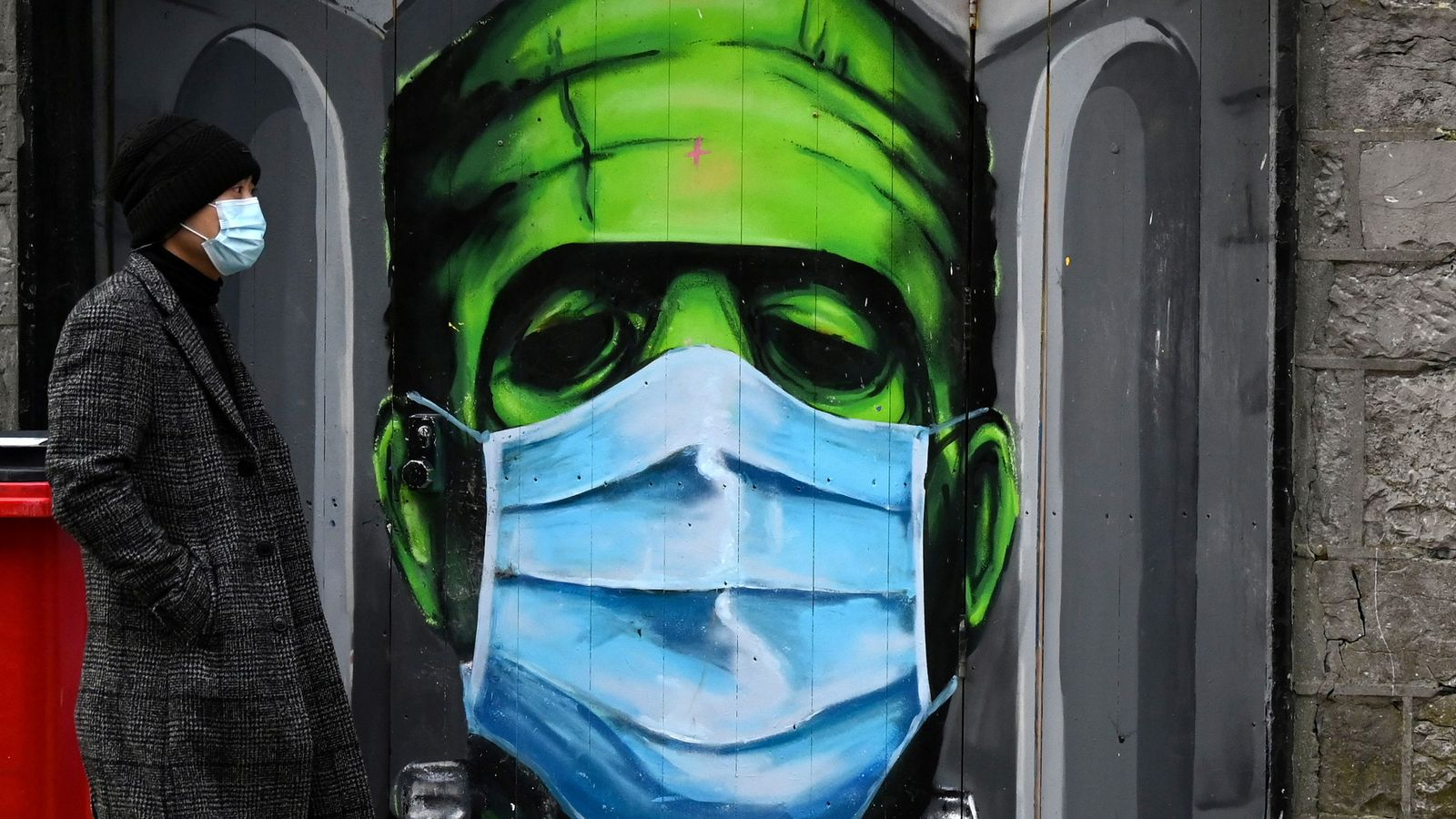 COVID-19: How did Ireland find itself with the highest infection rate in the world?