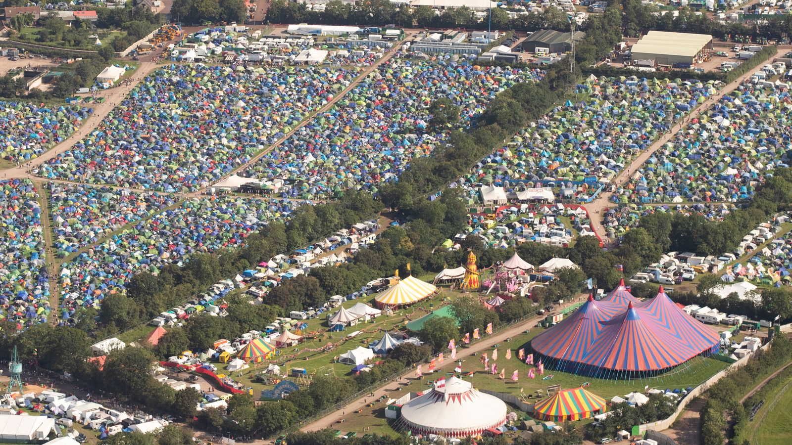 Glastonbury music festival cancelled, organisers say thumbnail