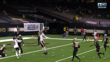 Graham snags one-handed TD in final seconds