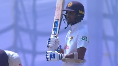 Root sledges Chandimal before dismissal!