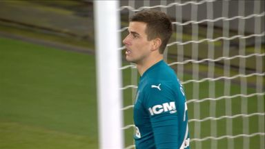 Brilliant save from Darlow! (47)