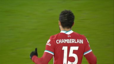 Oxlade-Chamberlain tests Pope (23)