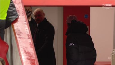 Klopp and Dyche clash in the tunnel