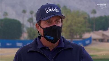 Mickelson: My scorecard is pathetic