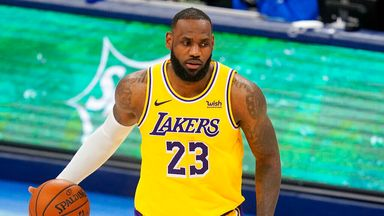 LeBron drops 34 points in Lakers win