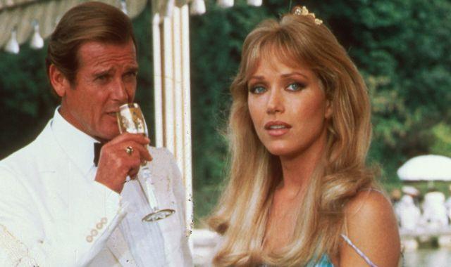 Tanya Roberts death: Bond girl, Charlie's Angels and That '70s Show star  dies - MKFM 106.3FM - Radio Made in Milton Keynes